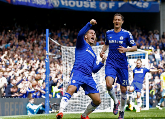Eden Hazard (left) celebrating after scoring against Crystal Palace.  (Source: www.mirror.co.uk)