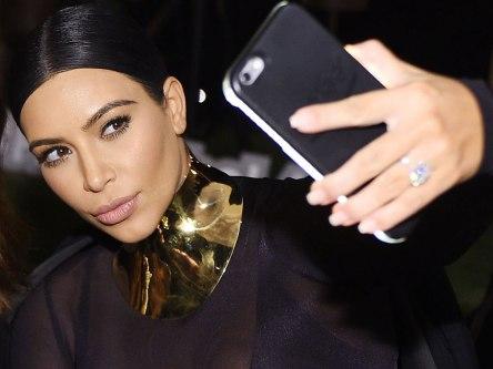 kim-selfie-1024